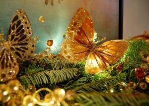 Butterfly_ChristmasDecor_DesignerJewelry_KendraScott